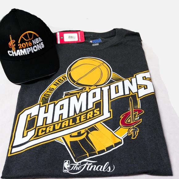 ~NWT XL NBA Cleveland Cavaliers T-Shirt Hat Adidas 5d2e38a4a85